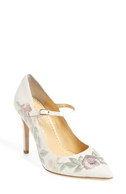 e0a14ccd4db9 BELLA BELLE Designer Adelaide Embroidered Pump