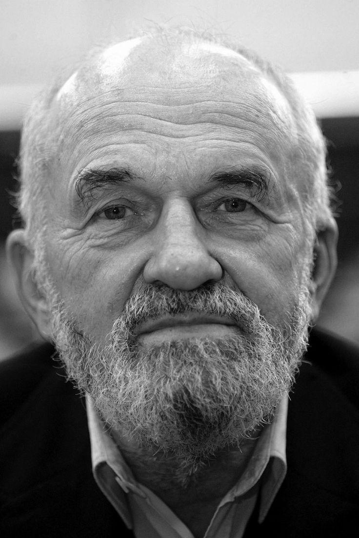 Kazimierz Świtoń 1931-2014