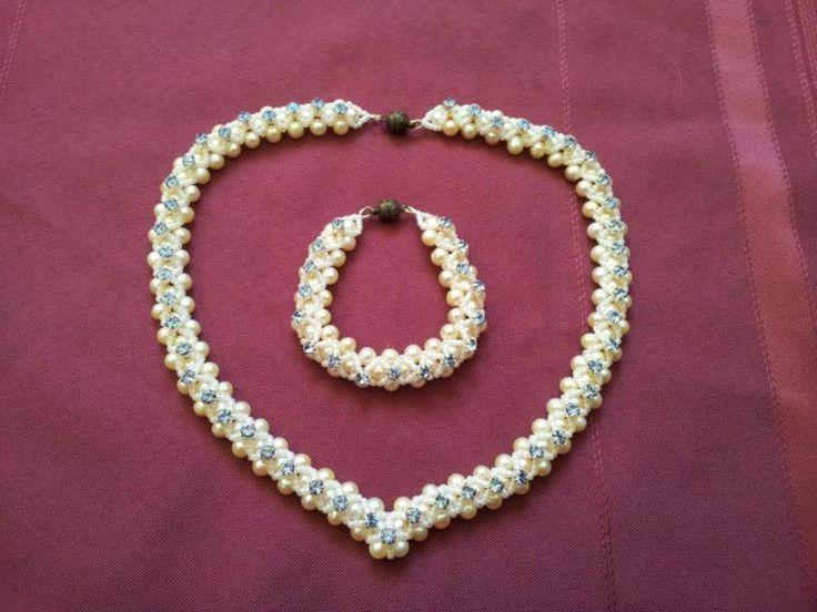 Set colier si bratara cu perle naturale si elemente swarovski