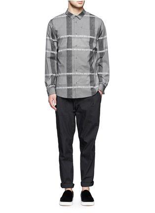 ALEXANDER WANG - calças plissadas impermeável | Preto Calça Casual Calças e Shorts | Moda Masculina | Pista Crawford - Loja Marcas Designer on-line