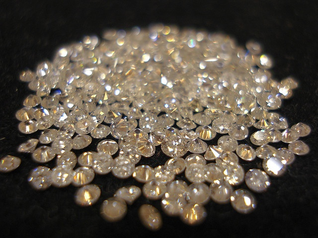 Diamonds online dating