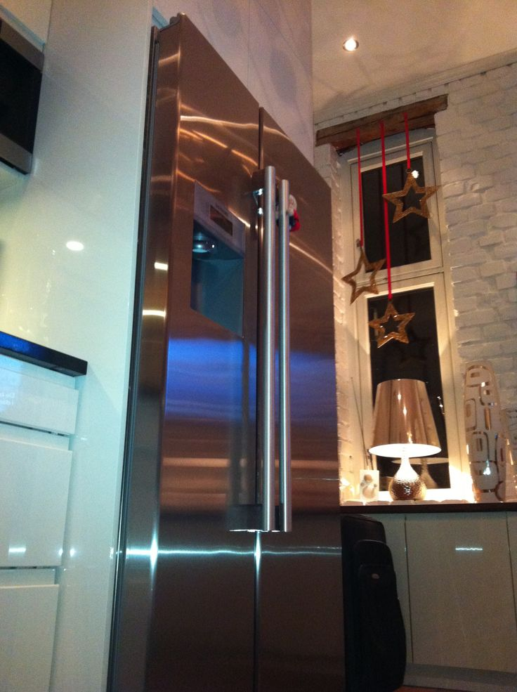 Fridge from Siemens and my espresso machine from Miele