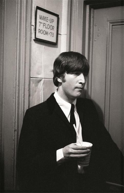 1000+ images about John Lennon on Pinterest | Julian ...  1000+ images ab...