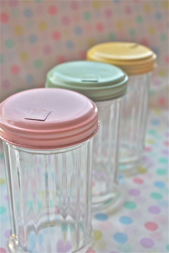 baker's twine-Vintage kitchen-vintage diner-sugar jar-retro sugar jar-twine holder-sugar shaker-vintage baking