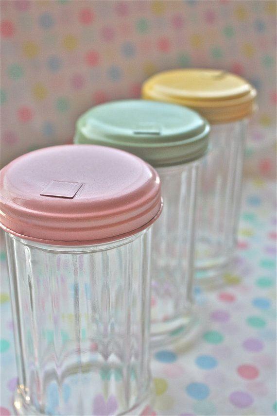 baker's twine-Vintage kitchen-vintage diner-sugar jar-retro sugar jar-twine holder-sugar shaker-vintage baking