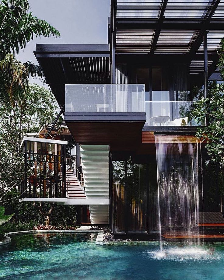 Don't go chasing waterfalls... #bringthewaterfalltoyou #homedesign #lifestyle #style #designporn #interiors #decorating #interiordesign #interiordecor #architecture #landscapedesign