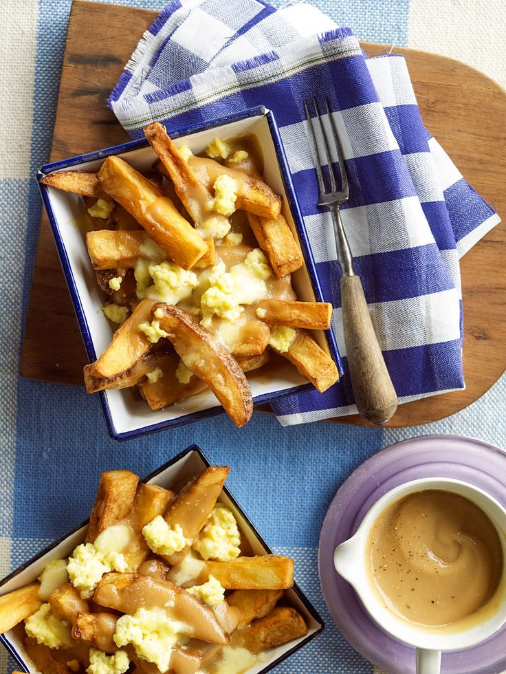 Fries with gravy and cheese curds (poutine)