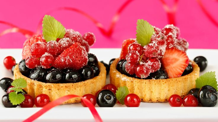 delicious+foods | 맛있는 음식, 디저트 케이크, 작은 딸기, 딸기 배경 ...