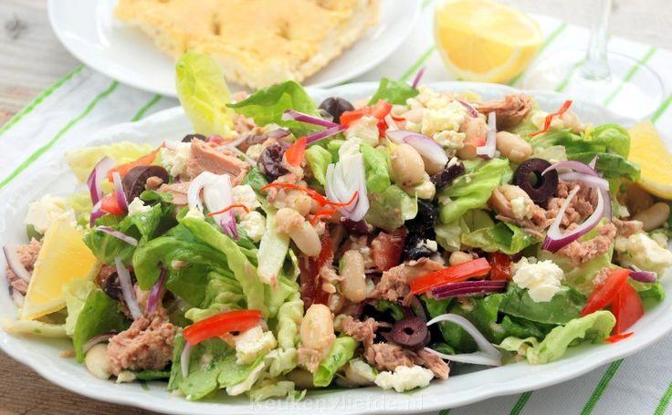 Salade met witte bonen en tonijn