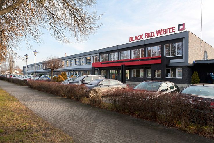 Black Red White - Meble i dodatki do pokoju, sypialni, jadalni i kuchni - Black Red White - O firmie