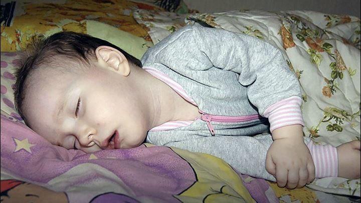 """'Uyuyan güzel ' masalı gerçek oldu: Doktorlar çare arıyor  """"'Uyuyan güzel ' masalı gerçek oldu: Doktorlar çare arıyor"""" http://fmedya.com/uyuyan-guzel--masali-gercek-oldu-doktorlar-care-ariyor-h37820.html"""
