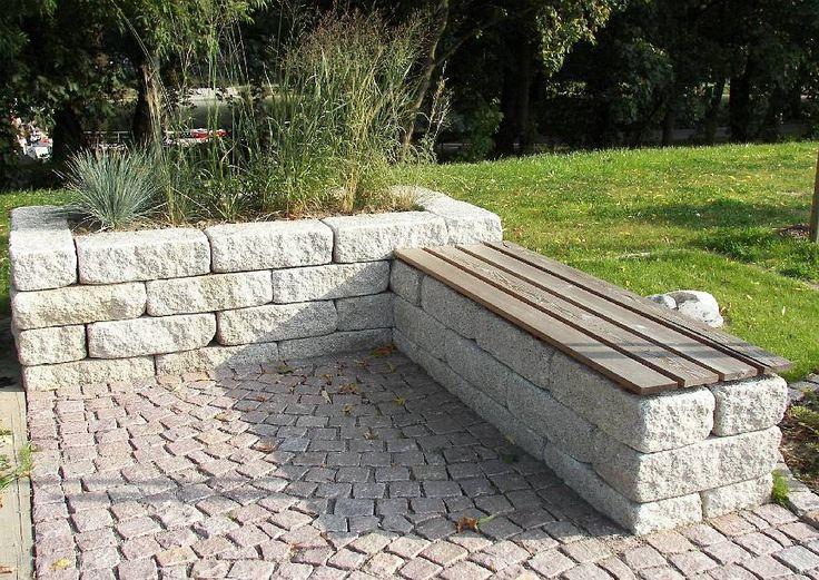Landesgartenschu Oschatz 2006 Seat Made Of Concrete Block Bank Place With Planting Basin Raised Garden Garden Beds Front Yard Landscaping Design