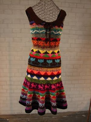 JardarMama: Faroese knitting...would translate to a bag perhaps?