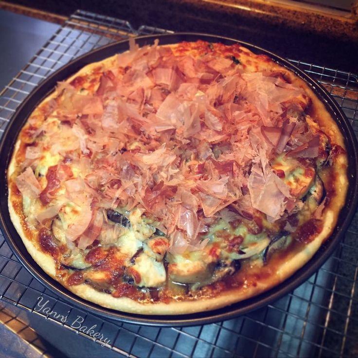 Homemade Teriyaki Chicken Pizza with Shitake Mushroom & Bonito Flakes.