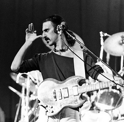 Frank Zappa - Society Pages lyrics