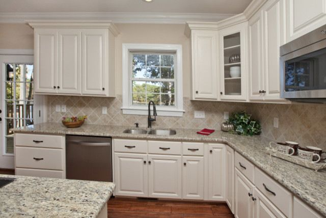 Beige Kitchen Walls And White Cabinets