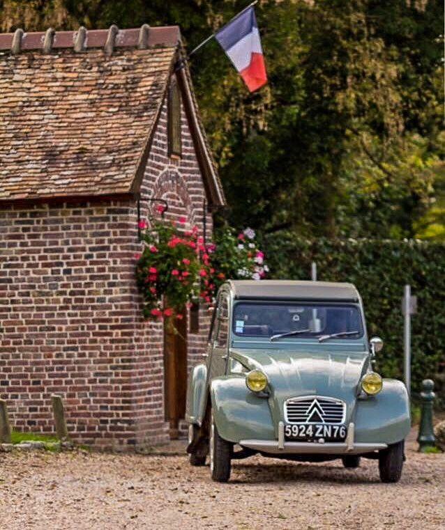Citroën 2CV, Art - France