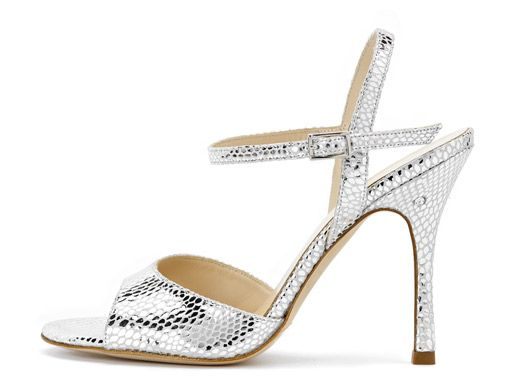 Modello Chanel in Pelle laminata argento. Tango shoes collection