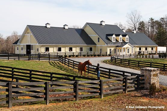 Whitestone farm looks like a nice place dream horse for Fancy farmhouse