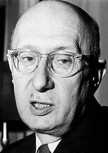 """Békésy György (Georg von Békésy) (1899-1972) magyar biofizikus, professzor, akadémikus, A fiziológiai Nobel-díjat 1961-ben """"a fül csigájában létrejövő ingerületek fizikai mechanizmusának felfedezéséért"""" kapta meg."""
