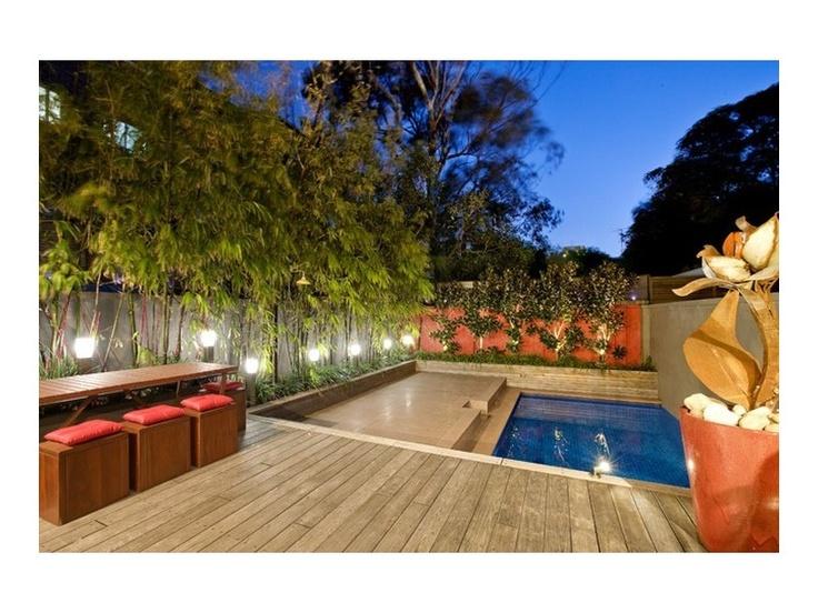 decked, japanese inspired, modern garden landscape - http://www.homehound.com.au/home+style/detail.php?id=453163#