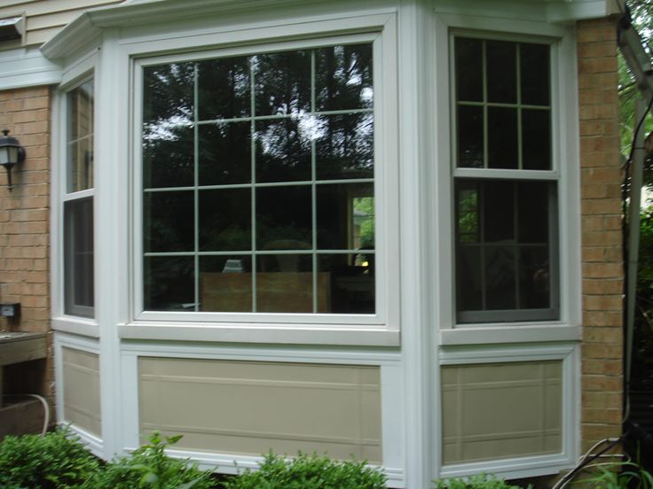 Bay window styles exterior vinyl siding bay window for Picture window replacement ideas