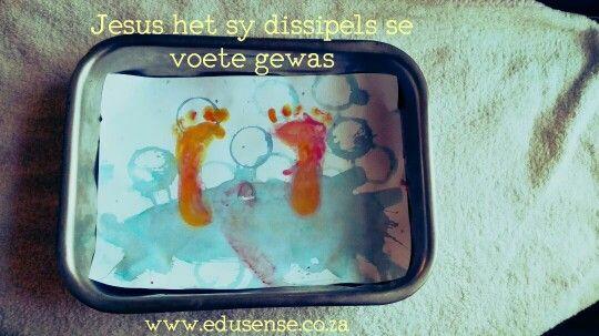 Paasfees:  Jesus was sy disipels se voete0