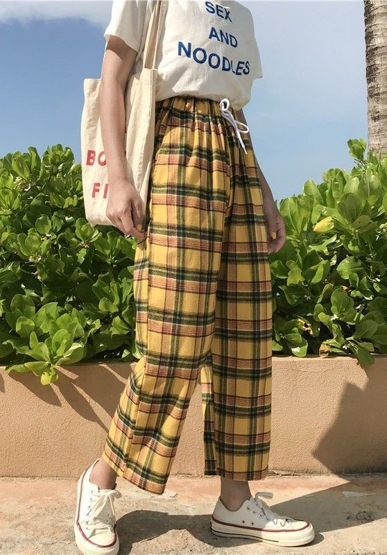 High Waisted Plaid Trousers – #fashion #spring #pants #trousers #grunge