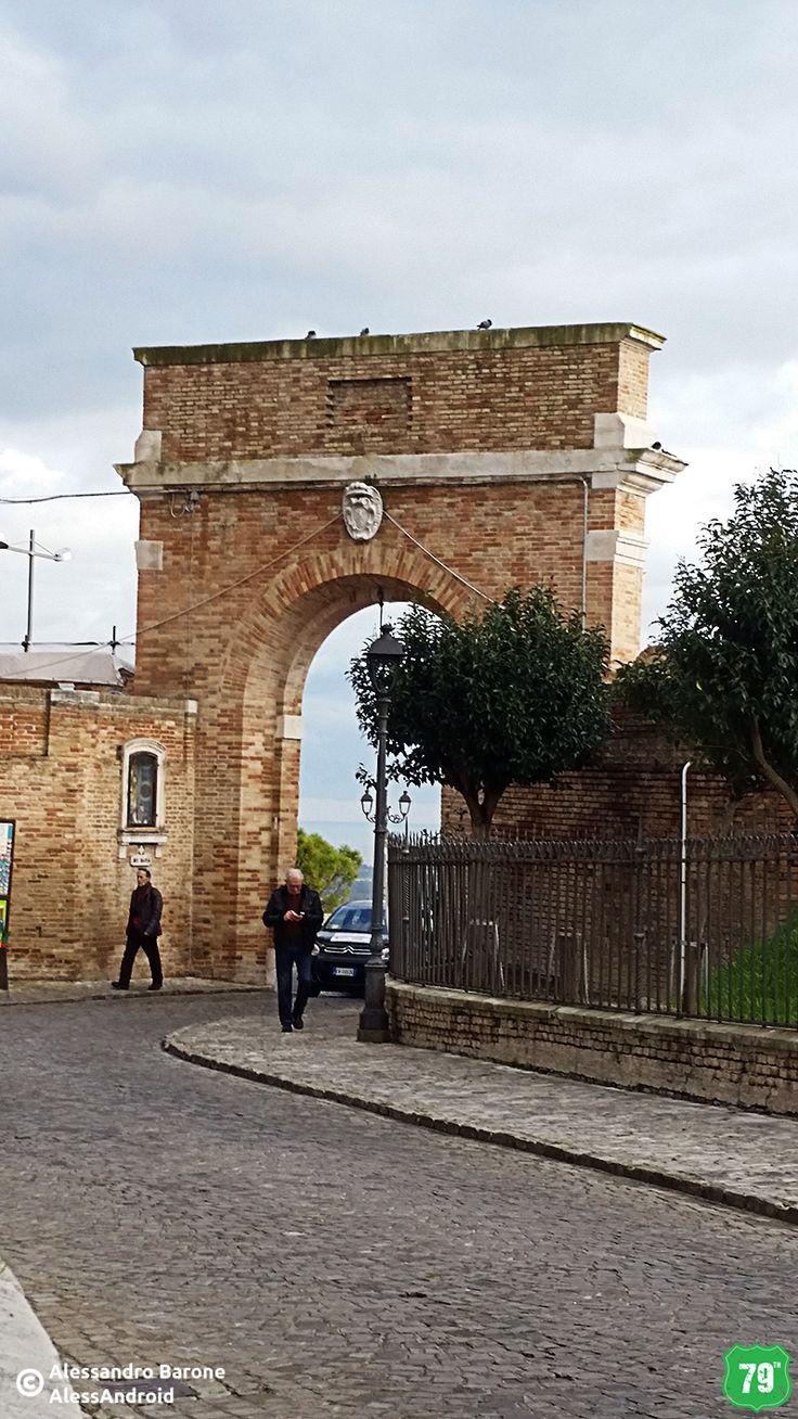 Porta Marina #Loreto #Marche #Italia #Italy #Viaggiare #Viaggio #EIlViaggioContinua #AlwaysOnTheRoad