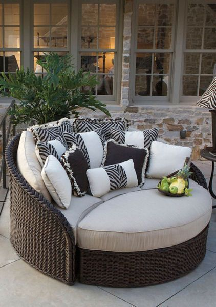 Wicker Daybed ♥ L.O.V.E.
