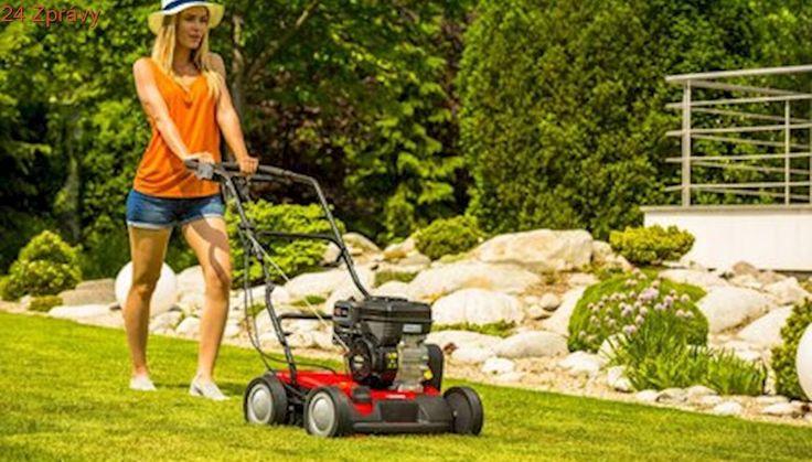 Chcete mít krásný trávník? Začněte už na podzim!