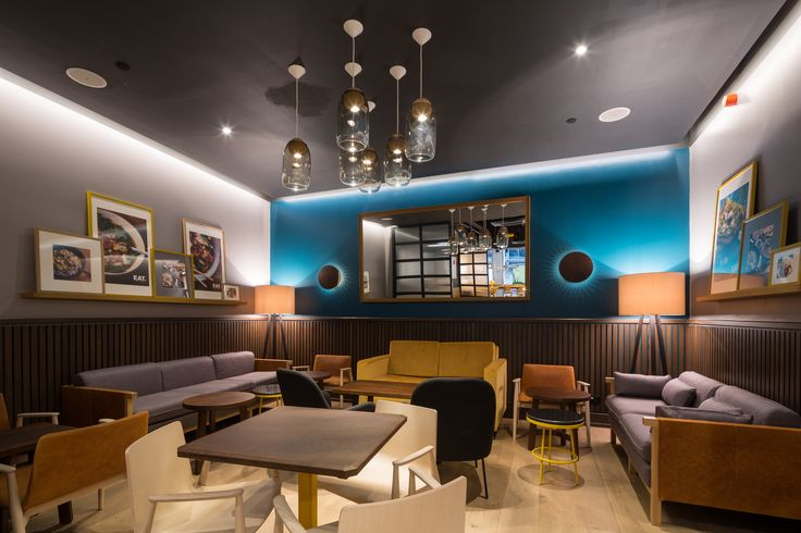 EAT, Finsbury Pavement, London  - The core idea was to take customers through an illuminated journey. Shoplight powered by SLE delivered an inspiring lighting solution using technical innovations such as DALI lighting controls and state-of-the-art LED modules.