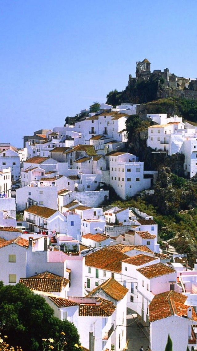 photo ... Casares-Malaga-Spain ... white houses cover the hillside ...