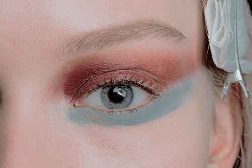 Makeup at MaxMara Ready to Wear F/W 2013. Loveee