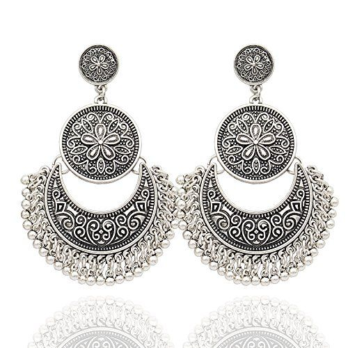 Absolutely stunning statement earrings  Shop the Bling collection here: http://amzn.to/2lj9uVW