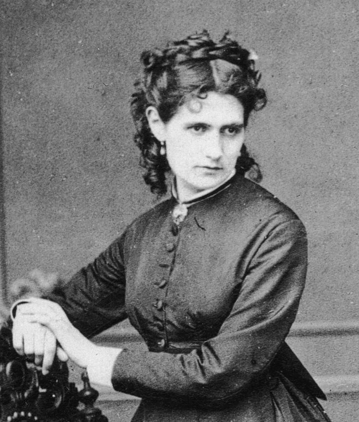 """Berthe Morisot (1841-1895)  """"Je ne crois pas qu'il y ait jamais eu un homme traitant..."""" #womenartists #berthemorisot"""