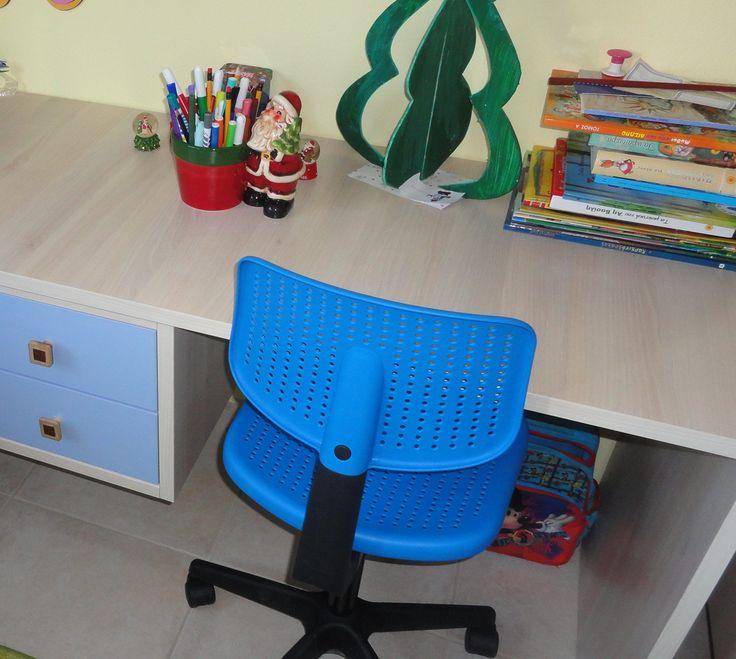 Κρεβάτι-κουκέτα και γραφείο σε χρώμα δρυς από Laminate Egger έπιπλα Καφρίτσας Αρης