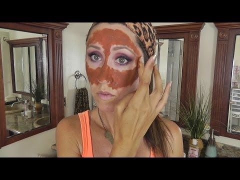 Aloha Beauties! This is my Moroccan Red Clay Mask recipe for getting smaller, tighter, more refined pores, reducing clogged pores and controlling oil. Ive tried everything to get smaller pores and reduce oil production within my skin and much to my surprise Ive had the best results with this DIY at home clay mask, its inexpensive and complete...