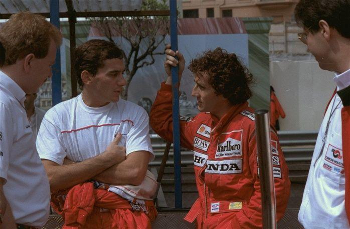 """В 1988 году заключил контракт с командой """"Макларен"""", где его напарником стал французский гонщик Ален Прост. Противостояние Проста и Сенны стало одним из самых ярких в истории """"Формулы-1"""". На фото: Айртон Сенна и Ален Прост во время Гран-при Монако, 1988 год"""