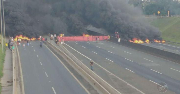 Manifestação contra Temer bloqueia Rodovia Anhanguera em Sumaré, SP