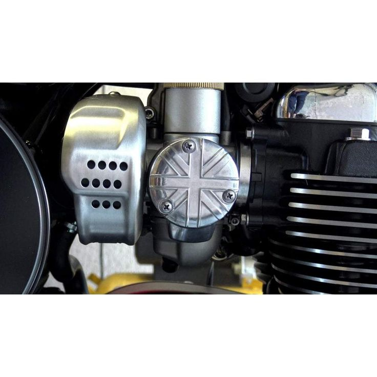 Motone TPS Carb/Throttle Body Cover, Pair - Union Jack Sold as a pair. Made using the same technology as the original equipment manufacturing process, high pressure die cast. Suitable for any of the 1200 twins.Fits: T120, Thruxton R, Thruxton S, Bobber, SpeedmasterSold here in Polish finish.