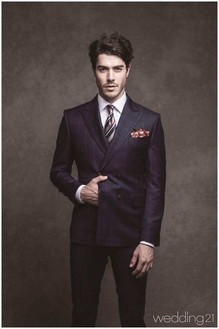남자에게 성공의 향기를 입혀줄 압도적 존재감의 슈트 컬렉션, 블랙라펠