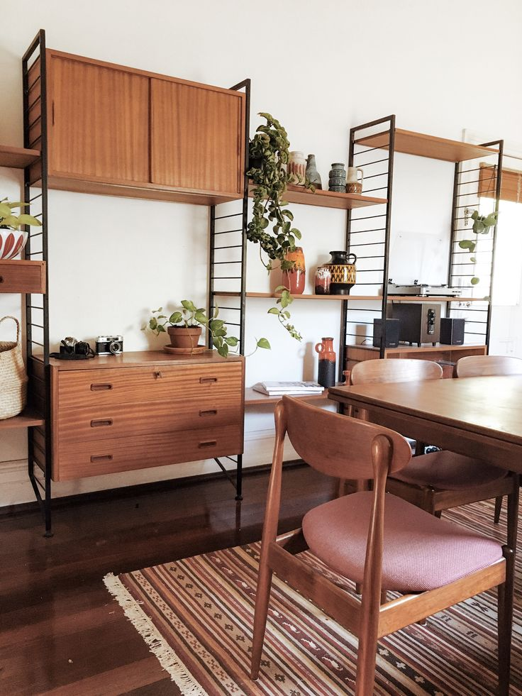 Mid Century Teak Parker dining table and chairs | Ladderax
