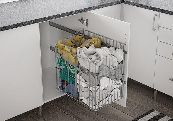 Skap med skittentøykurv vaskerom.jpg