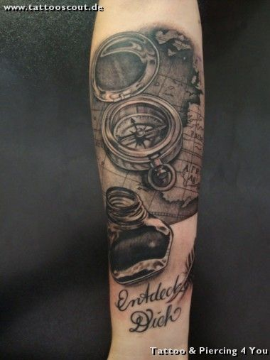 tattoo galerie motive kompass tattoo piercing 4. Black Bedroom Furniture Sets. Home Design Ideas