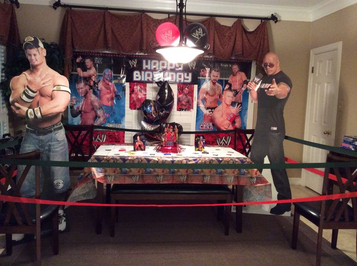 WWE Birthday idea make the birthday party are a ring with the ropes surrounding everithing ¡¡¡