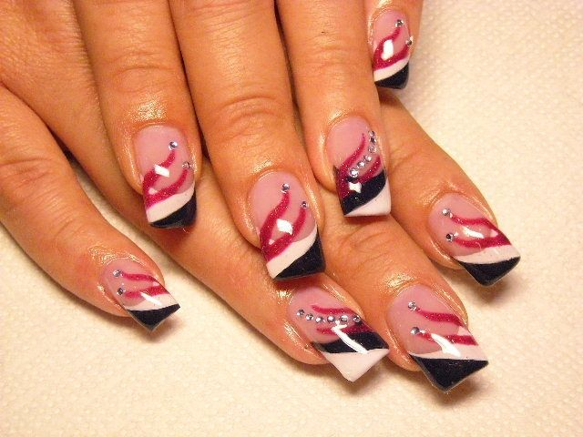 Love this nail art design. Very rockin'!