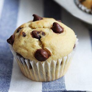 Easy, moist, and fluffy greek yogurt banana muffins with chocolate chips! So yummy and packed with added protein from that healthy fat free greek yogurt!