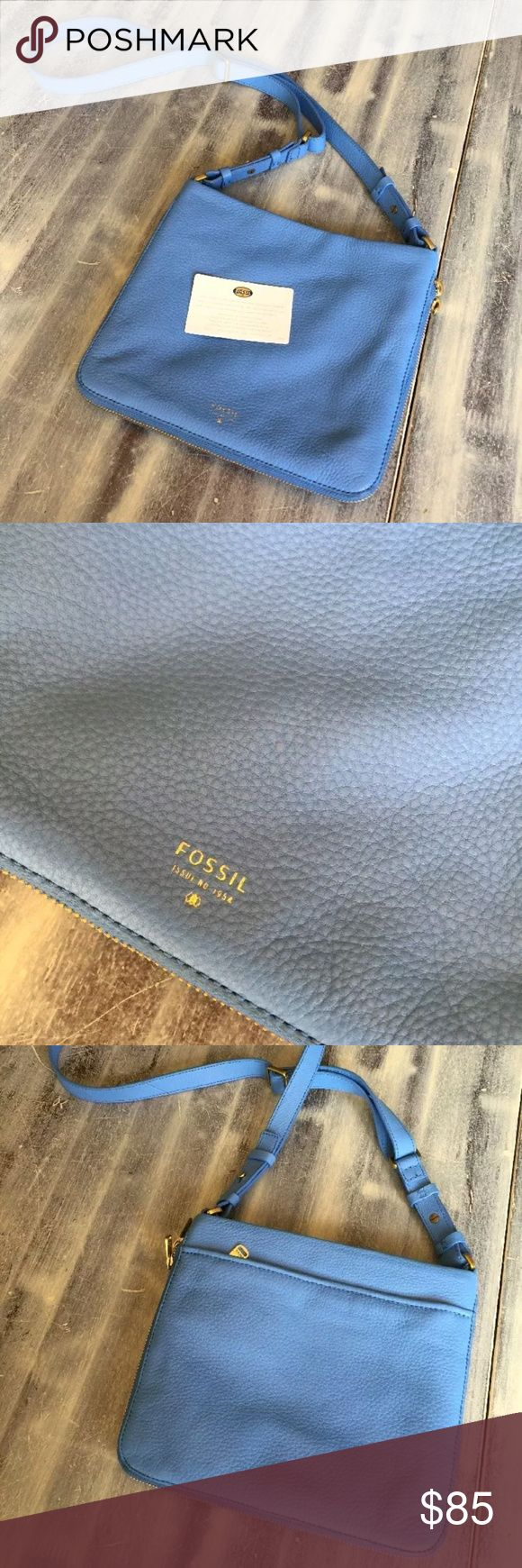 SALEFossil blue Preston Crossbody! Beautiful light blue color livhtly used very good condition this bag is amazing! I just dont use it much but the bag can be mad to be small or opened up to be larger with the zip detail at the bottom! :) little small scuff on the corners but not bad at all :) Fossil Bags Crossbody Bags