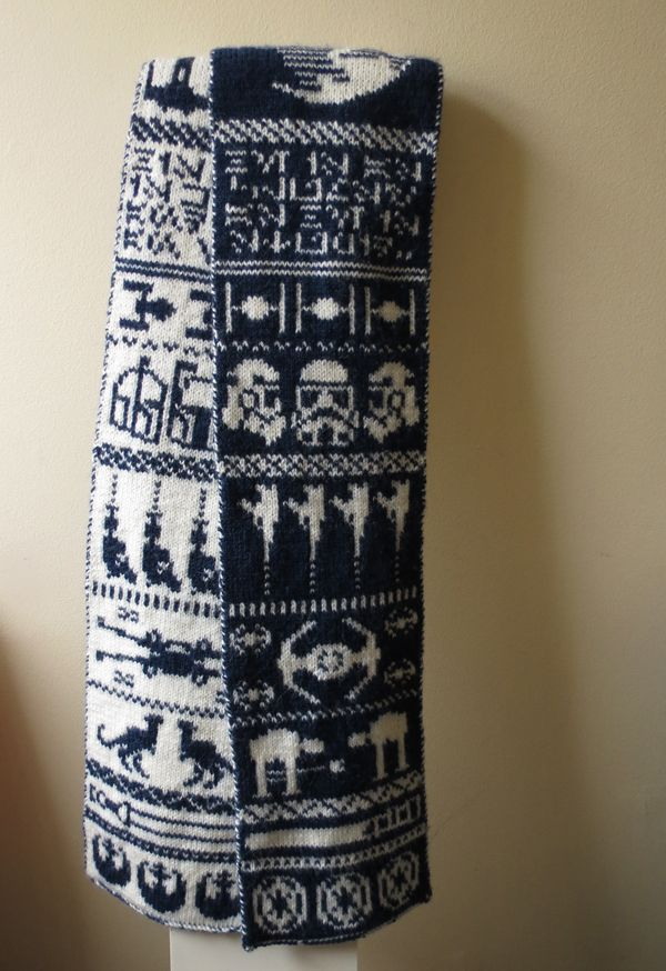This double knit Star Wars scarf by designer Jessica Goddard of ODDknit features both a light side and a dark side!